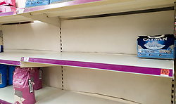 © Licensed to London News Pictures. 27/08/2021. London, UK. Empty shelves of pet food in Sainsbury's, north London. UK food producers and supermarkets are warning that empty shelves could continue unless the government acts to resolve the shortage of workers and lorry drivers, caused by Brexit and the coronavirus pandemic. Photo credit: Dinendra Haria/LNP
