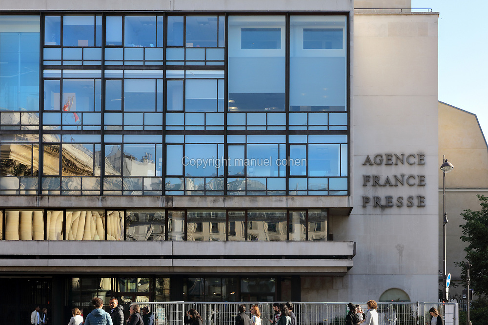 Agence France Presse headquarters, Place de la Bourse, in the 2nd arrondissement of Paris, France. The building was designed by Robert Camelot and Jean-Claude Rochette and built 1957-61. The Agence France Presse is the oldest news agency in the world, founded in 1835 by Charles-Louis Havas, 1783-1858, under the name Havas agency. Picture by Manuel Cohen