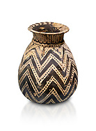 Minoan  alabastron with zig zag design, Machlos 1500-1400 BC; Heraklion Archaeological  Museum, white background. .<br /> <br /> If you prefer to buy from our ALAMY PHOTO LIBRARY  Collection visit : https://www.alamy.com/portfolio/paul-williams-funkystock/minoan-art-artefacts.html . Type -   Heraklion   - into the LOWER SEARCH WITHIN GALLERY box. Refine search by adding background colour, place, museum etc<br /> <br /> Visit our MINOAN ART PHOTO COLLECTIONS for more photos to download  as wall art prints https://funkystock.photoshelter.com/gallery-collection/Ancient-Minoans-Art-Artefacts-Antiquities-Historic-Places-Pictures-Images-of/C0000ricT2SU_M9w