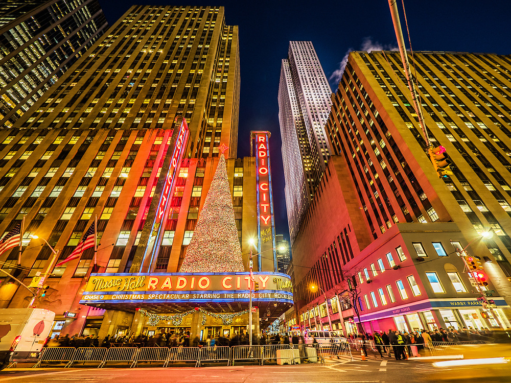 Radio City Music Hall on X-mas