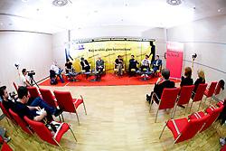 """Ivo Milovanovic, Peter Kauzer, Franci Plibersek, Miro Cerar, Andrej Pompe, Igor Mervic, Jure Doler in Marko Rajster na okrogli mizi na temo """"Kolajna - kljuc do blagovne znamke?"""" v organizaciji SportForum Slovenija, 24. september 2009, Austria Trend Hotel, Ljubljana, Slovenija. (Photo by Vid Ponikvar / Sportida)"""