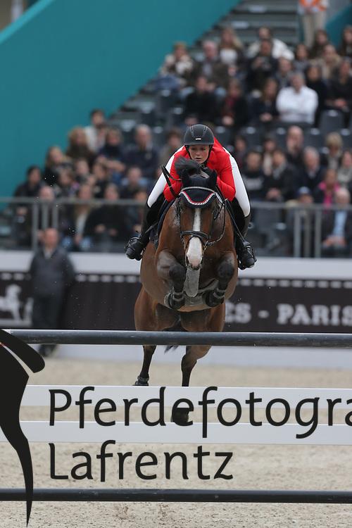 Hackbarth, Laura Jane, Tequila Sunrise 43<br /> Paris - Saut Hérmes 2013<br /> © www.sportfotos-lafrentz.de/Stefan Lafrentz