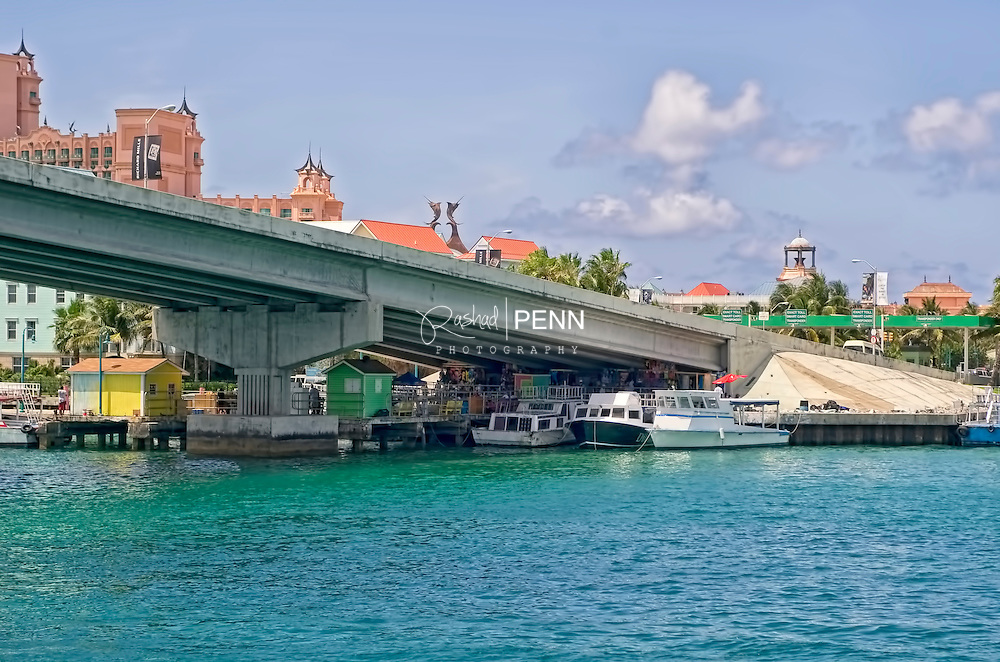 Paradise Island Ferry Dock, boats that carry passengers from Prince George Warf to Paradise Island.