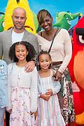 Premiere van ANGRY BIRDS 2 in Pathe Tushinski, Amsterdam.<br /> <br /> Op de foto:  Edsilia Rombley met partner Tjeerd Oosterhuis en hun dochters Aisa-Lynn Rosa Oosterhuis, Imaani Tanicia Oosterhuis