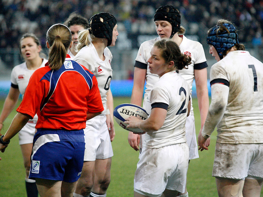 France Women v England Women in the Six Nations 2014 at Stade des Alpes, Grenoble, France on Saturday 1st February 2014, kick off 2055