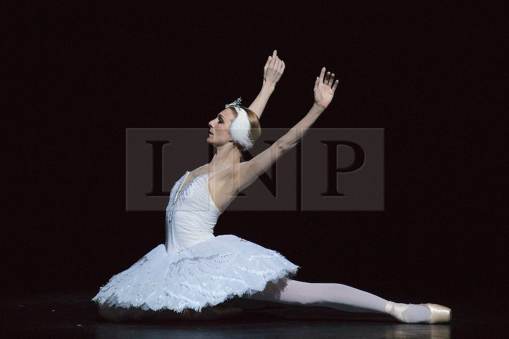 © Licensed to London News Pictures. 28/01/2016. London, UK. Dying Swan performed by Zenaida Yanowsky from The Royal Ballet. Photocall for Sampled at Sadler's Wells Theatre. Sampled features a wide variety of dance, from classical ballet to hip hop, contemporary and tango, alongside workshops and events taking place throughout the building. Performances take place on 29 and 30 January 2016. Photo credit: Bettina Strenske/LNP