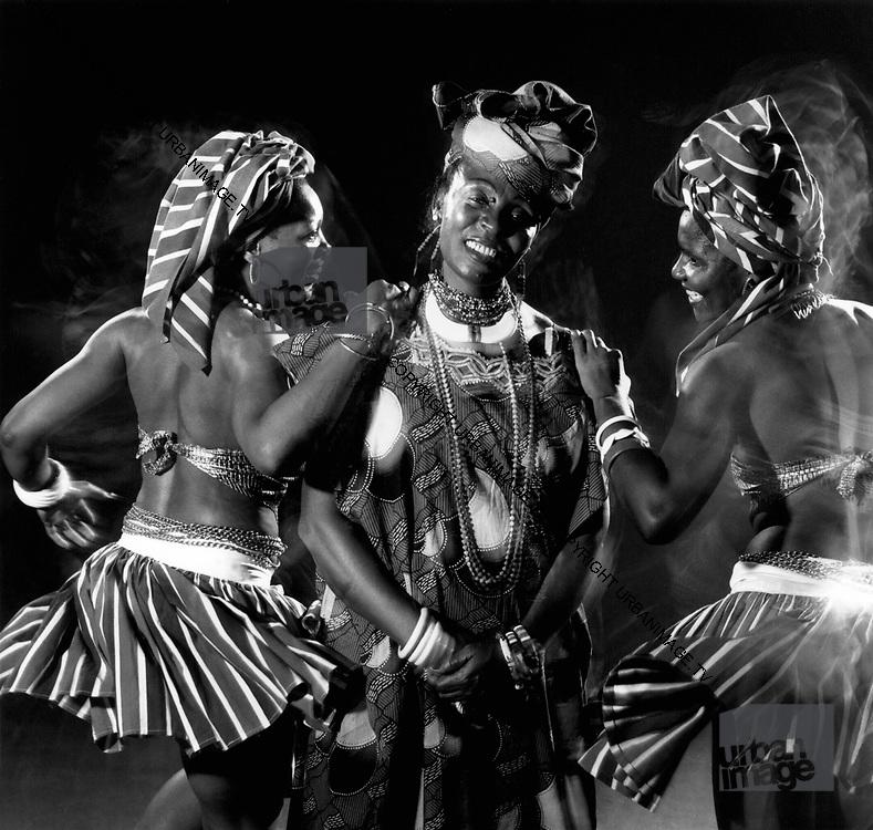 Dorothy Masuka and the Mahotella Queens