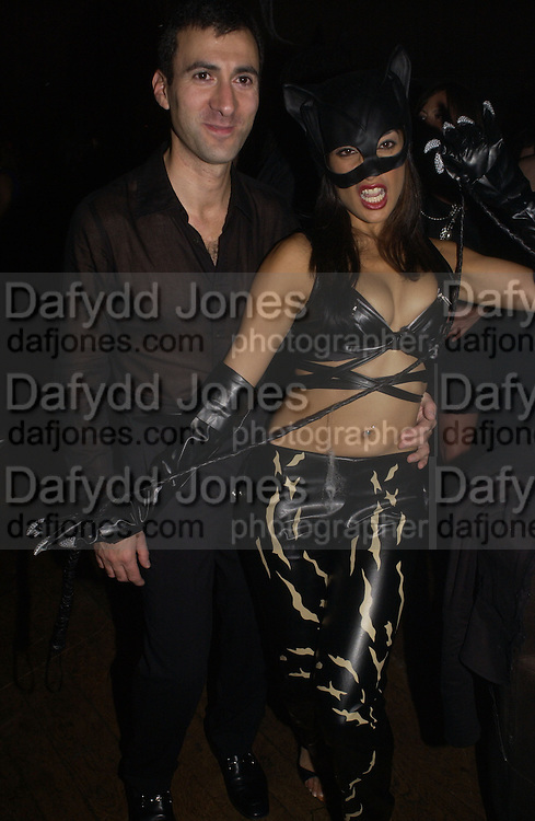 Nick Simou and Sofia Hyatt. Halloween Party in aid of the MS Society. The Collection. 31 October 2005. ONE TIME USE ONLY - DO NOT ARCHIVE © Copyright Photograph by Dafydd Jones 66 Stockwell Park Rd. London SW9 0DA Tel 020 7733 0108 www.dafjones.com