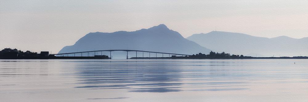 Beautiful morning panoramic view of Remøy Bridge, located on the western part of Norway. Paint effect added for artisitic expression | Nydelig morgenstemning i Nørdre Vaulen med Remøy og Leinøy på hver side av Remøybrua. Malerisk effekt er lagt til