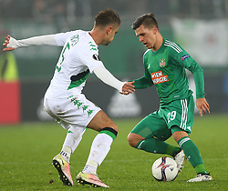 20.10.2016, Weststadion, Wien, AUT, UEFA EL, SK Rapid Wien vs US Sassuolo Calcio, Gruppe F, im Bild Luca Antei (US Sassuolo Calcio) und Thomas Murg (SK Rapid Wien) // during a UEFA Europa League group F match between SK Rapid Vienna and US Sassuolo Calcio at the Weststadion, Vienna, Austria on 2016/10/20. EXPA Pictures © 2016, PhotoCredit: EXPA/ Thomas Haumer