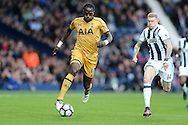 Moussa Sissoko of Tottenham Hotspur breaks away from James McClean of West Brom (r).  Premier league match, West Bromwich Albion v Tottenham Hotspur at the Hawthorns stadium in West Bromwich, Midlands on Saturday 15th October 2016. pic by Andrew Orchard, Andrew Orchard sports photography.