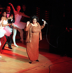 Aretha Franklin Died at 76 on August 16, 2018 - Aretha Franklin sings with the Detroit Symphony Orchestra on November 27, 1998. Photo by William Archie/Detroit Free Press/TNS/ABACAPRESS.COM