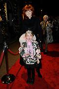 Premiere Wereldkerstcircus Carré 2013-2014.<br /> <br /> Op de foto: Chazia Mourali en dochter Jasmijn