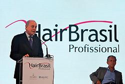 O Presidente da ABHIPEC, João Basilio durante abertura Oficial na HAIR BRASIL 2012 - 12 ª Feira Internacional de Beleza, Cabelos e Estética, que acontece de 24 a 27 de março no Expocenter Norte, em São Paulo. FOTO: Jefferson Bernardes/Preview.com