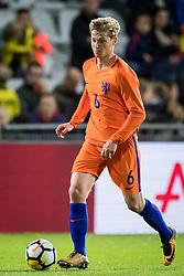 Frenkie de Jong of Jong Oranje during the EURO U21 2017 qualifying match between Netherlands U21 and Latvia U21 at the Vijverberg stadium on October 06, 2017 in Doetinchem, The Netherlands