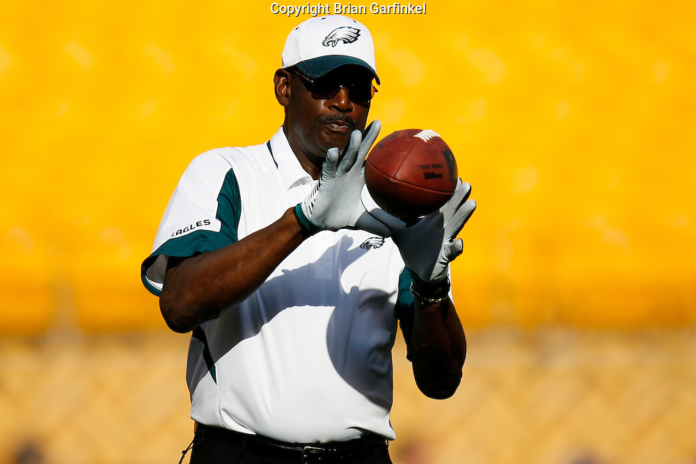 Pittsburgh, PA - PITTSBURGH - AUGUST 8:  Director of Player Programs Harold Carmichael works with the quarterbacks before the game against the Pittsburgh Steelers on August 8, 2008 at Heinz Field in Pittsburgh, Pennsylvania. The Steelers won 16-10. (Photo by Brian Garfinkel)