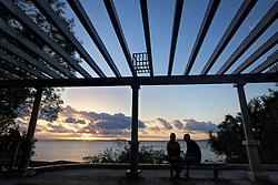 O auditório do Guaíba, é um recanto no bairro Ipanema, em Porto Alegre Alegre. A estrutura não é muito grande, mas tem vários bancos, que ficam bem de frente para o rio, de onde se pode apreciar o por-do-sol.FOTO: Jefferson Bernardes/Preview.com