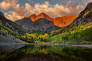 Maroon Bells, Maroon Lake, aspen, trees, autumn, fall color, sunrise, clouds, reflection, Maroon Bells-Snowmass Wilderness, Colorado,