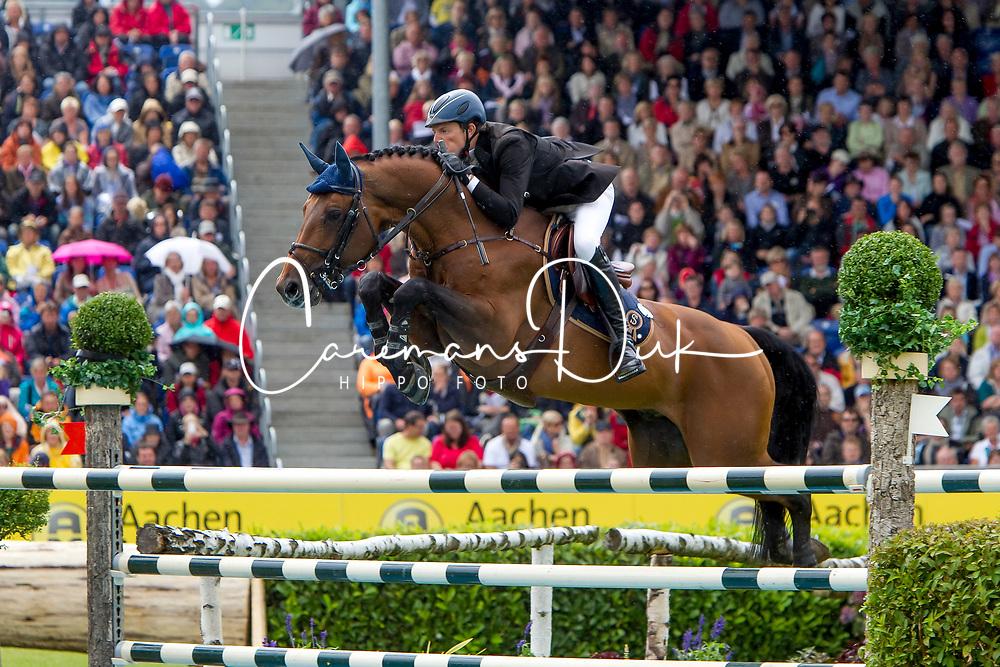 Kreuzer Andreas (GER) - Chacco-Blue<br /> World Equestrian Festival, CHIO Aachen 2011<br /> © Dirk Caremans