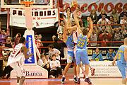 DESCRIZIONE : Pistoia campionato serie A 2013/14 Giorgio Tesi Group Pistoia Vanoli Cremona <br /> GIOCATORE : Ernests Kalve<br /> CATEGORIA : Vanoli Cremona<br /> SQUADRA : Vanoli Cremona<br /> EVENTO : Campionato serie A 2013/14<br /> GARA : Giorgio Tesi Group Pistoia Vanoli Cremona <br /> DATA : 10/11/2013<br /> SPORT : Pallacanestro <br /> AUTORE : Agenzia Ciamillo-Castoria/GiulioCiamillo<br /> Galleria : Lega Basket A 2013-2014  <br /> Fotonotizia : Pistoia campionato serie A 2013/14 Giorgio Tesi Group Pistoia Vanoli Cremona<br /> Predefinita :