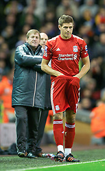26.11.2011, Anfield Stadion, Liverpool, ENG, PL, FC Liverpool vs Blackburn Rovers, 18. Spieltag, im Bild Liverpool's captain Steven Gerrard prepares to come on as a substitute against Blackburn Rovers during the football match of English premier league, 18th round, between FC Liverpool and Blackburn Roversat Anfield Stadium, Liverpool, United Kingdom on 2011/12/26. EXPA Pictures © 2011, PhotoCredit: EXPA/ Propagandaphoto/ David Rawcliff..***** ATTENTION - OUT OF ENG, GBR, UK *****