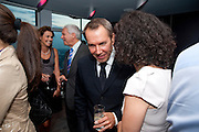 LARRY GAGOSIAN; JEFF KOONS; MOLLIE DENT-BROCKLEHURST, Dinner hosted by Julia Peyton-Jones and Hans Obrist for the Council of the Serpentine to celebrate: Jeff Koons, Popeye Series. Paramount Club, Paramount Centre Point. London. 30 June 2009