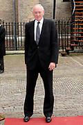 Aankomst van Kamerleden bij de Ridderzaal voor Prinsjesdag in Den Haag<br /> <br /> Op de foto : Johan Remkes