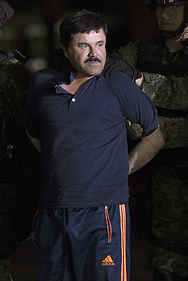 MEXICO Mexico City, Jan. 9, 2016 (Xinhua) -- Soldiers escort Joaquin Guzman Loera, alias ''El Chapo'', upon his arrival to the hangar of the Attorney General's Office, in Mexico City, capital of Mexico, on Jan. 8, 2016. After an early morning raid in northwestern Mexico's Sinaloa State's town of Los Mochis by Mexican police and marines on Friday, Sinaloa Cartel leader Joaquin Guzman Loera was recaptured, six months after his second prison break. (Xinhua/Alejandro Ayala) (Credit Image: © Alejandro Ayala/Xinhua via ZUMA Wire)
