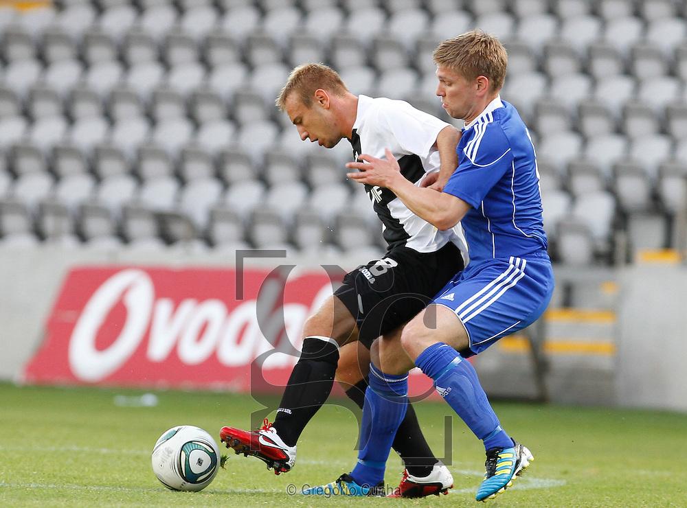 Estadio da Madeira, Liga Europa.Nacional vs FH Hafnarfjordur.Dejan Skolnik e A. Asgeirsson.Foto Gregorio Cunha