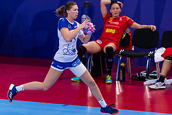 14-12-2018 FRA: Women European Handball Championships Russia - Romania, Paris<br /> First semi final Russia - Romania 28 - 22 / Elizaveta Malashenko #34 of Russia