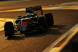 Rennen des Grand Prix von Abu Dhabi auf dem Yas Marina Circuit / 271116<br /> <br /> ***Abu Dhabi Formula One Grand Prix on November 27th, 2016 in Abu Dhabi, United Arab Emirates - Racing Day *** <br /> <br /> Jenson Button (GBR) McLaren F1 <br /> 27.11.2016. Formula 1 World Championship, Rd 21, Abu Dhabi Grand Prix, Yas Marina Circuit, Abu Dhabi, Race Day.