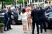 Werkbezoek van  Koning Willem Alexander en  Koningin Maxima aan de Duitse deelstaten<br /> Mecklenburg-Voor-Pommeren en Brandenburg.<br /> <br /> Working visit by King Willem Alexander and Queen Maxima to the German states of Mecklenburg-Western Pomerania and Brandenburg.<br /> <br /> Op de foto / On the photo: Gesprek met de minister-president van Brandenburg in de Staatskanzelei Brandenburg, Potsdam /// Interview with the Prime Minister of Brandenburg in the Staatskanzelei Brandenburg, Potsdam