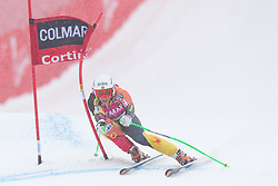 20.01.2013, Olympia delle Tofane, Cortina d Ampezzo, ITA, FIS Weltcup Ski Alpin, Super G, Damen, im Bild Larisa Yurkiw (CAN) // Larisa Yurkiw of Canada in action during the ladies Super G of the FIS Ski Alpine World Cup at the Olympia delle Tofane course, Cortina d Ampezzo, Italy on 2013/01/20. EXPA Pictures © 2013, PhotoCredit: EXPA/ Johann Groder