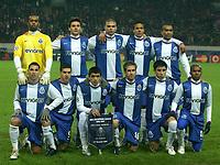 Fotball<br /> UEFA Champions League<br /> 21.11.2006<br /> CSKA Moskva v Porto<br /> Foto: imago/Digitalsport<br /> NORWAY ONLY<br /> <br /> Lagbilde Porto, hi.v.li.: Torwart Helton, Helder Postiga, Bruno Alves, Pepe und Jose Bosingwa; Vorn: Ricardo Quaresma, Lisandro Lopez, Lucho Gonzalez, Raul Meireles, Jorge Fucile und Paulo Assuncao