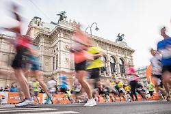07.04.2019, Wien, AUT, Vienna City Marathon 2019, im Bild Feature Läufer Staatsoper// during the Vienna City Marathon 2019 in Vienna, Austria on 2019/04/07. EXPA Pictures © 2019, PhotoCredit: EXPA/ Florian Schroetter