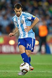 27-06-2010 VOETBAL: FIFA WORLDCUP 2010 ARGENTINIE - MEXICO: JOHANNESBURG <br /> Javier Mascherano of Argentina <br /> ©2010-FRH- NPH/ MVid Ponikvar (Netherlands only)