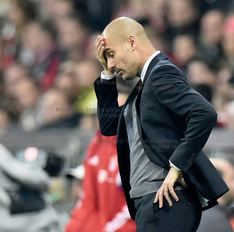 01-11-2014 GER: FC Bayern Munchen vs Borussia Dortmund, Munchen<br /> Trainer Josep Pep Guardiola FC Bayern Muenchen <br /> *****NETHERLANDS ONLY*****