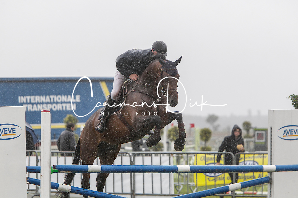 Van Dijck Joris (BEL) - Ut Major de Brecey<br /> 4j springen<br /> Nationale wedstrijd LRV jonge paarden - Lommel 2012<br /> © Dirk Caremans