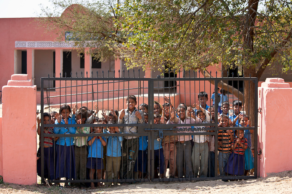 Indian schoolchildren attending school at Doeli in Sawai Madhopur, Rajasthan, Northern India