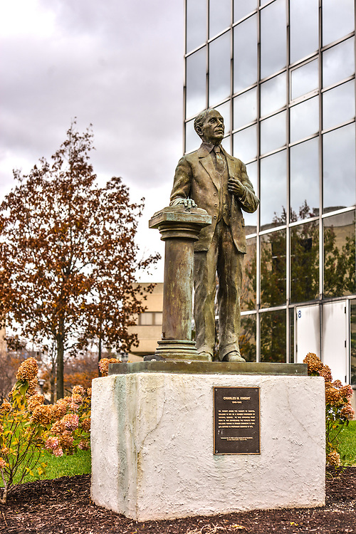 The Charles M. Knight statue at The University of Akron.