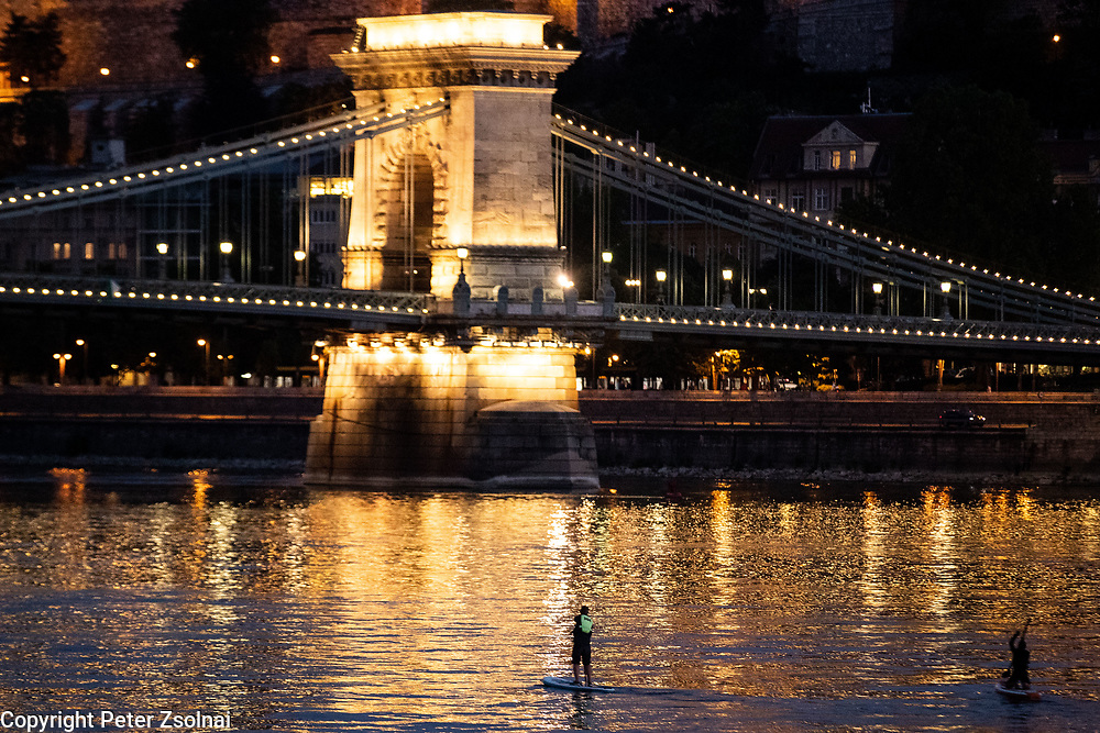 Due to the Coronavirus, COVID-19, tourist ship traffic dissappred from the Danube. So it is much easier for SUP riders to paddle on the Danube