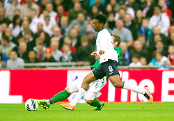 29.05.2013, Wembley Stadion, London, ENG, Testspiel, England vs Irland, im Bild England's Daniel Sturridge is challenged by Republic of Ireland's Glenn Whelan which results in the England player's injury during during International Friendly Match between England and Republic of Ireland at the Wembley Stadium, London, United Kingdom on 2013/05/29. EXPA Pictures © 2013, PhotoCredit: EXPA/ Propagandaphoto/ David Rawcliffe<br /> <br /> ***** ATTENTION - OUT OF ENG, GBR, UK *****