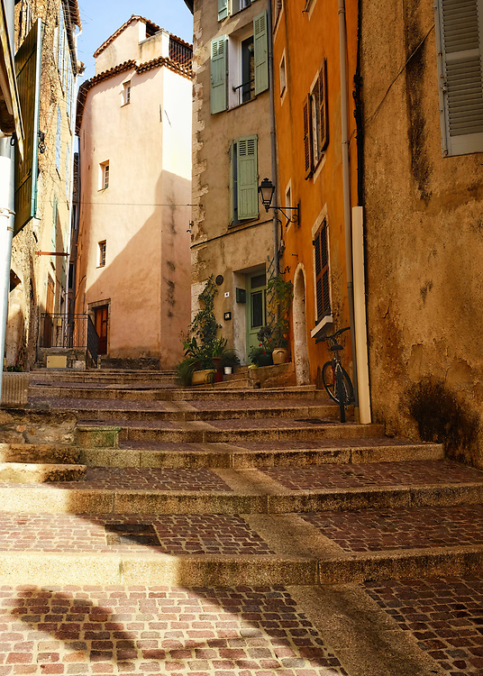 A typical street in the hilltop village of Fayence in the department of the Var in southern France.