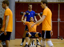 25-04-2013 VOLLEYBAL: NEDERLANDS MANNEN VOLLEYBALTEAM: ROTTERDAM<br /> Selectie Oranje mannen seizoen 2013-2014 / Robin Overbeeke en Ewoud Gommans<br /> ©2013-FotoHoogendoorn.nl