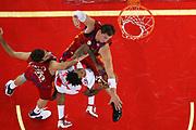 DESCRIZIONE : Roma Lega A1 2008-09 Lottomatica Virtus Roma Bancatercas Teramo<br /> GIOCATORE : David Moss Primoz Brezec Luigi Datome<br /> SQUADRA : Bancatercas Teramo Lottomatica Virtus Roma<br /> EVENTO : Campionato Lega A1 2008-2009 <br /> GARA : Lottomatica Virtus Roma Bancatercas Teramo<br /> DATA : 02/11/2008 <br /> CATEGORIA : rimbalzo difesa penetrazione<br /> SPORT : Pallacanestro <br /> AUTORE : Agenzia Ciamillo-Castoria/E.Castoria<br /> Galleria : Lega Basket A1 2008-2009 <br /> Fotonotizia : Roma Campionato Italiano Lega A1 2008-2009 Lottomatica Virtus Roma Bancatercas Teramo<br /> Predefinita :