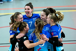 Team Zwolle yell with Nynke Hofstede of Zwolle before the first league match between Djopzz Regio Zwolle Volleybal - Laudame Financials VCN on February 27, 2021 in Zwolle.