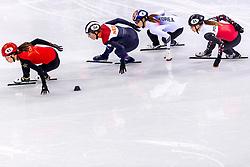 22-02-2018 KOR: Olympic Games day 13, PyeongChang<br /> Short Track Speedskating / Lara Van Ruijven of the Netherlands, Chunyu Qu of China, Minjeong Choi of Korea, Magdalena Warakomska of Poland