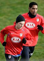 Atletico de Madrid's Maniche (l) and Cleber Santana (r) during training sesion at Cerro del Espino Stadium in Majadahonda, January 08 2007. (ALTERPHOTOS/Acero).