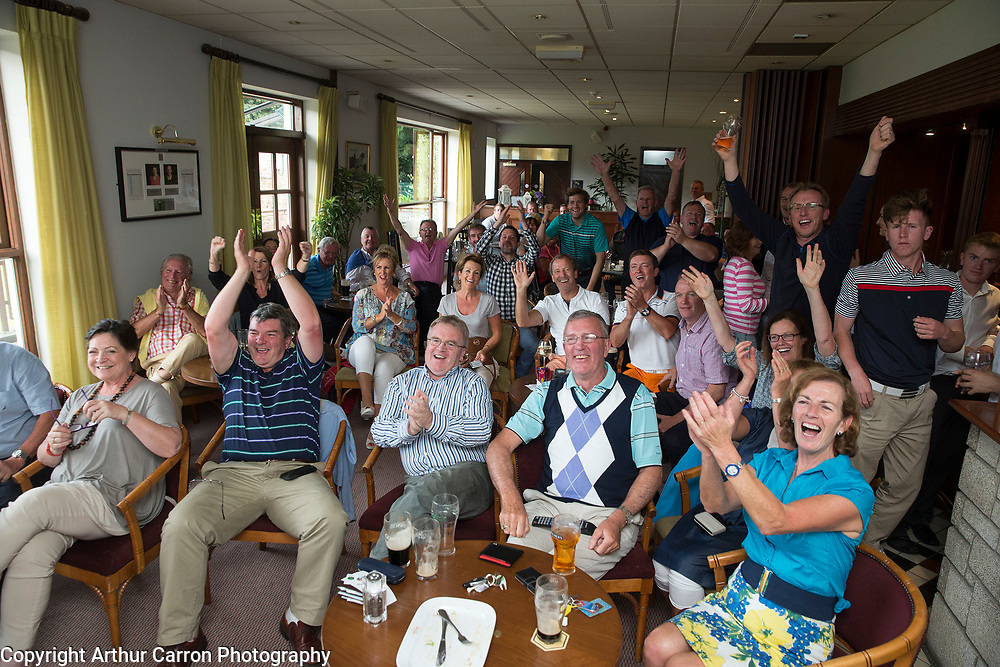 19/7/15 Members of the Greystones Golf club watching Paul Dunne taking part in the Open in Scotland. Picture:Arthur Carron