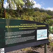 The te whakarewarewatangaoteopetauaawahiao sign at Te Puia. Te Puia is the premier Maori cultural centre in New Zealand - a place of gushing waters, steaming vents, boiling mud pools and spectacular geysers. Te Puia also hosts National Carving and Weaving Schools and  daily maori culture performances including dancing and singing. Rotorua, 8th December 2010 New Zealand.  Photo Tim Clayton.